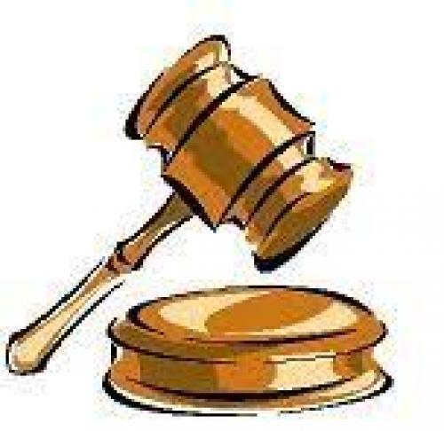 Multa y pago de una indemnización por agredir a un conductor de Aucorsa